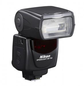 SB-700: Vorderseite Bild: Nikon