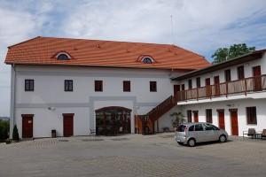 """Das Hotel """"Grunt"""" in Kosmonosy"""